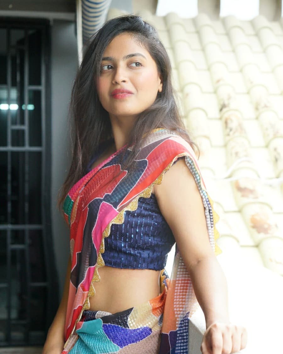 Bigg Boss 4 Dethadi Harika latest images and latest news