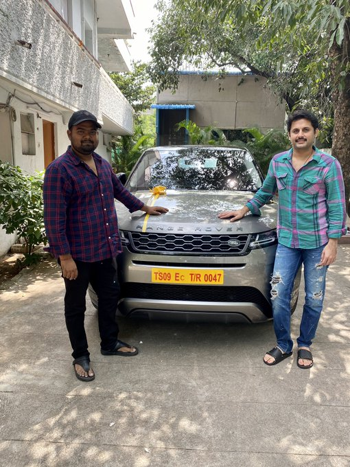 Nitin gives a huge gift to Bhishma director