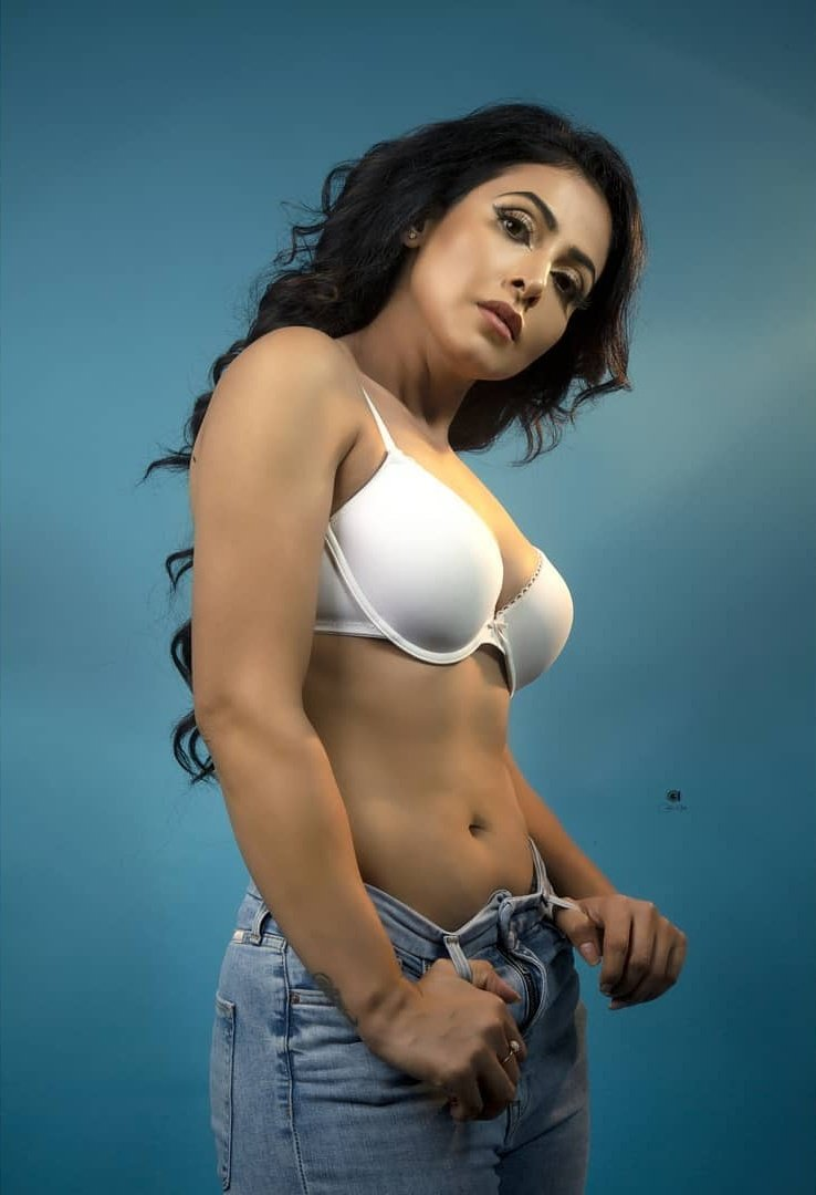 Nandini Rai Hot images