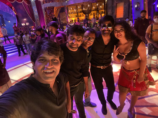 Apsara Rani does item song in Ravi Teja Krack movie