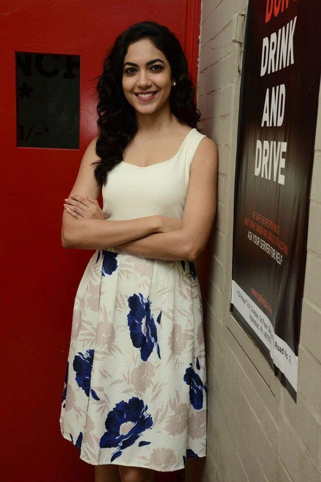 Ritu Varma New Photoshoot Pics and upcoming movie news
