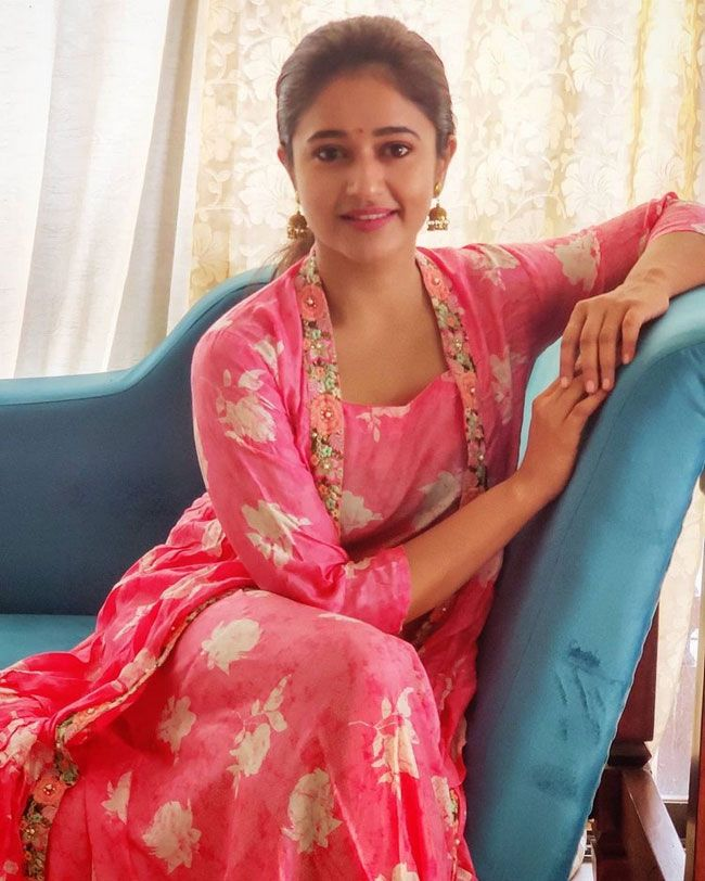 Tollywood Celebrities celebrates Dussehra 2020 Photos