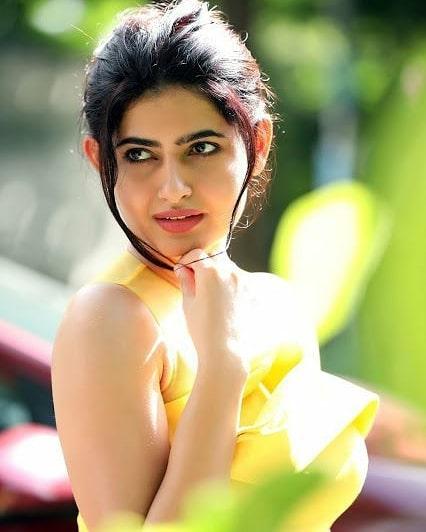 Actress Ashima Narwal Hot Images, Gallery, Sexy Photos, Movie News