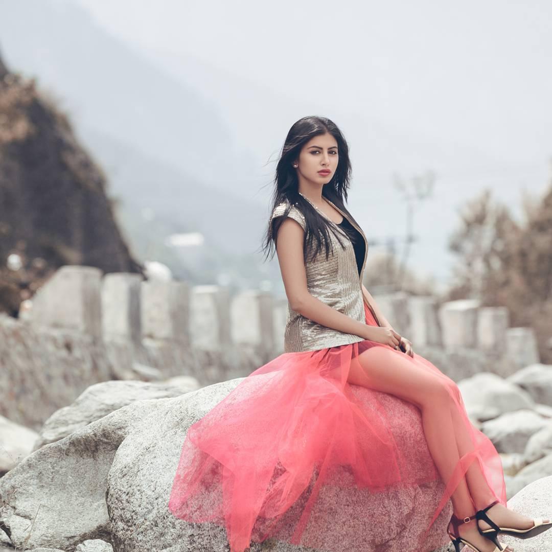Actress Shweta Avasthi Photos and Telugu movie news