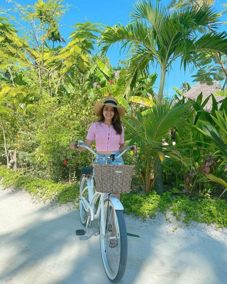 Samantha Akkineni Vacation Pics