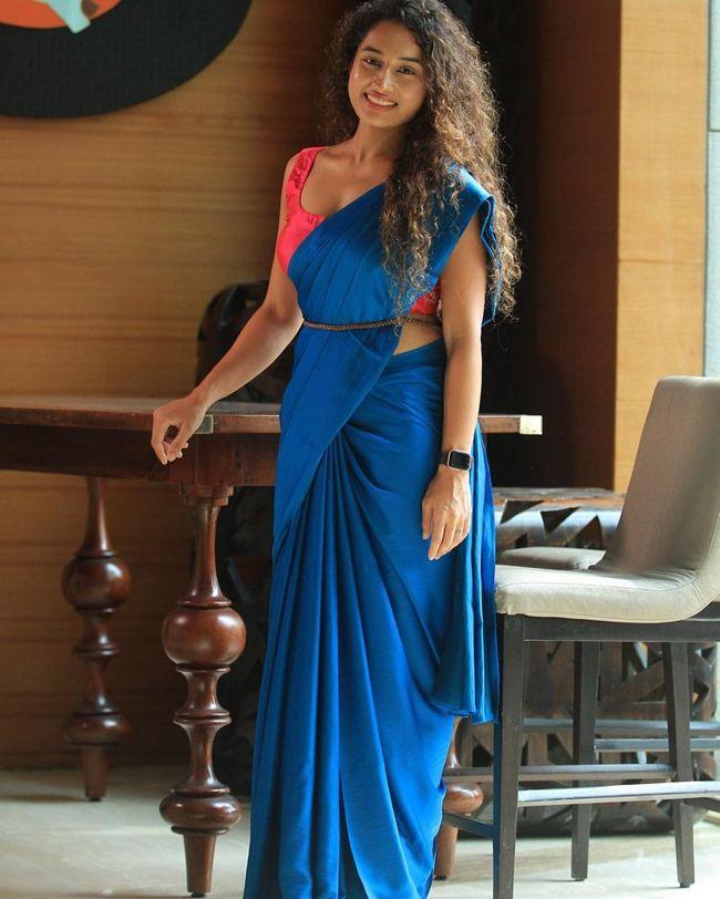 Tollywood Actress Pooja Ramachandran Hot and sexy photos