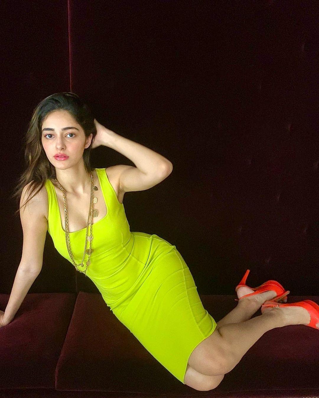 Ananya Panday spicy photo shoot and sexy photos