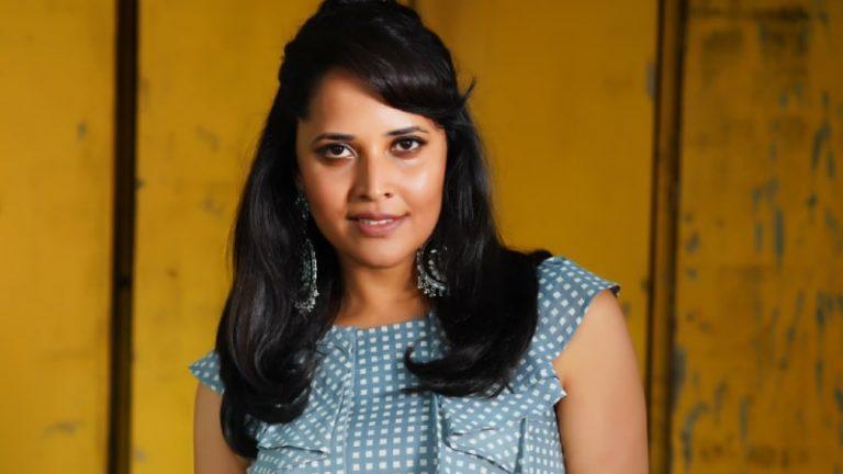Anasuya clarifies on doing Silk Smita's biopic