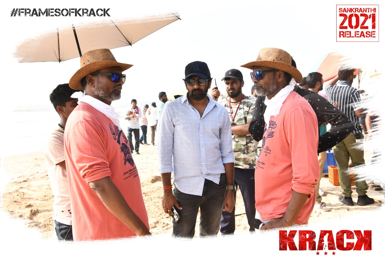 Ravi Teja Shruthi Haasan Krack movie posters and shooting working stills