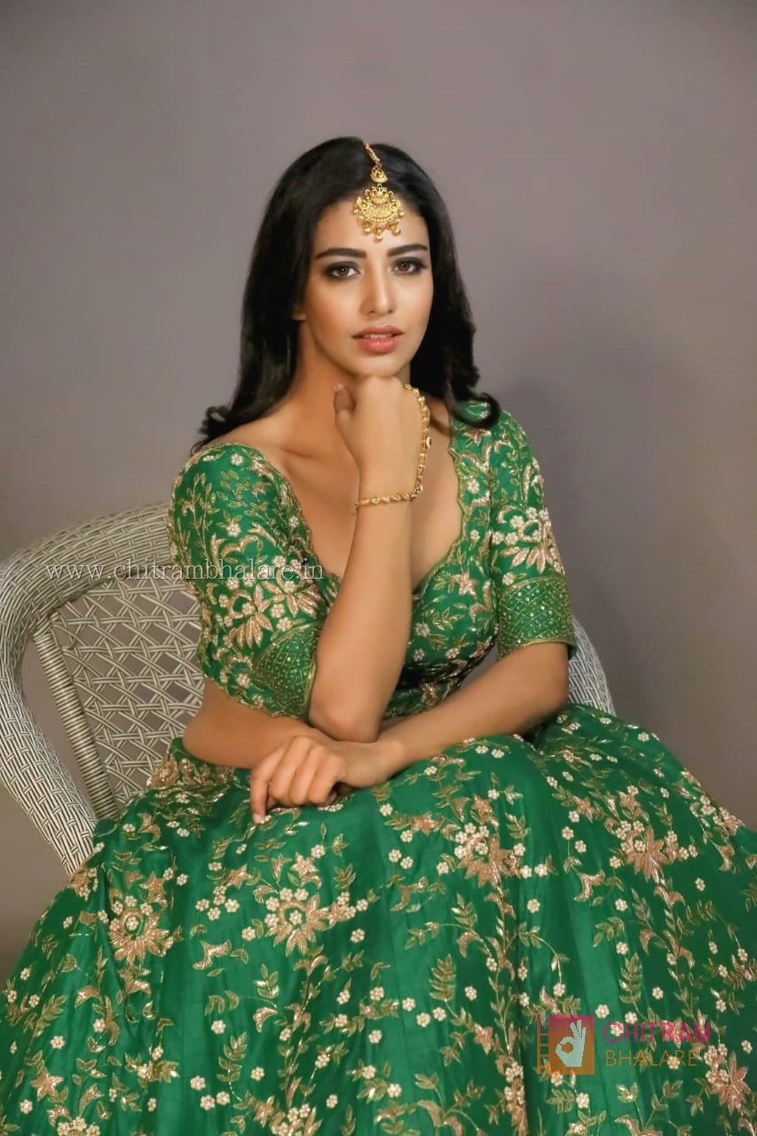 Daksha Nagarkar hot images and sexy photo shoot