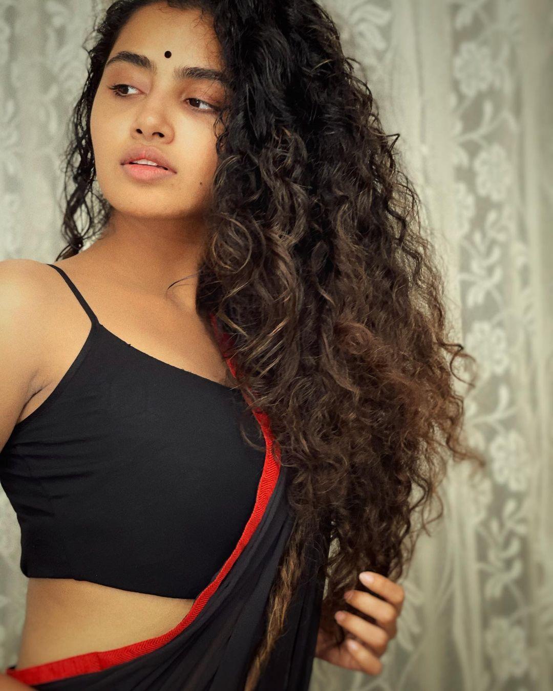Anupama Parameswaran sexy saree photoshoot