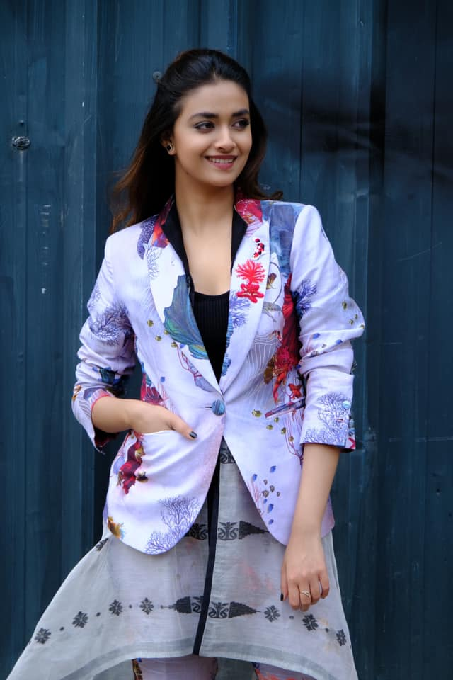 Keerthy suresh hot images and movie news