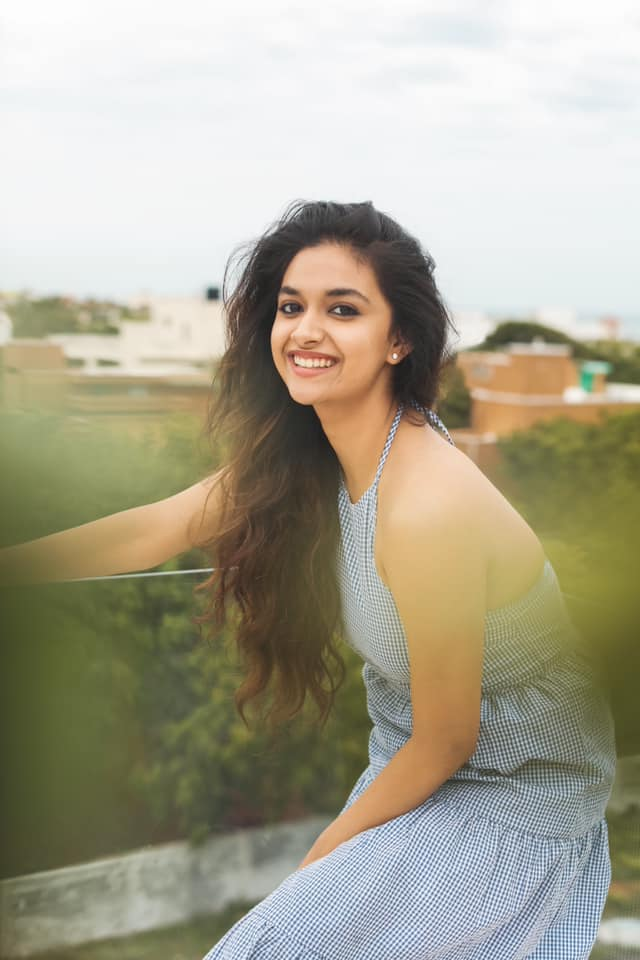 Keerthy suresh sexy images and stills