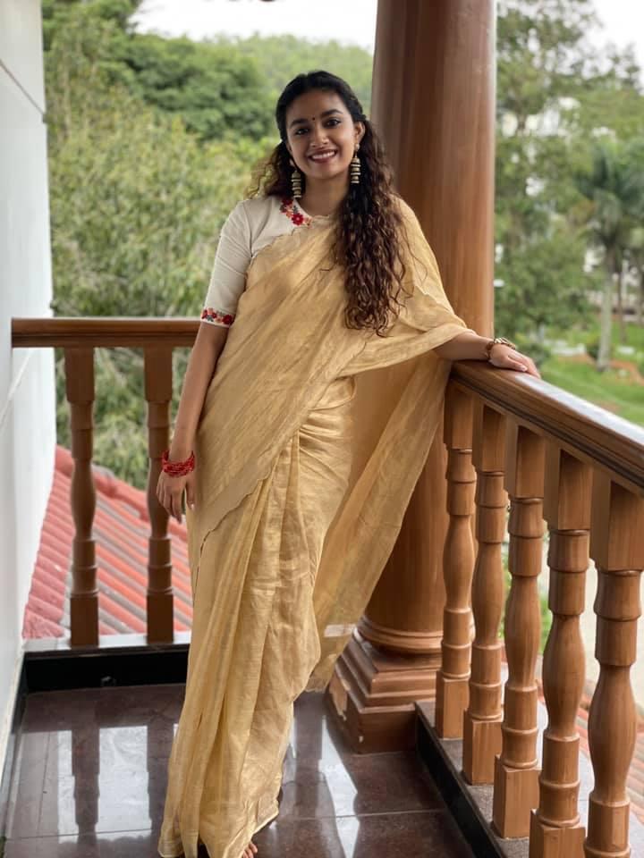 Keerthy suresh sexy saree images