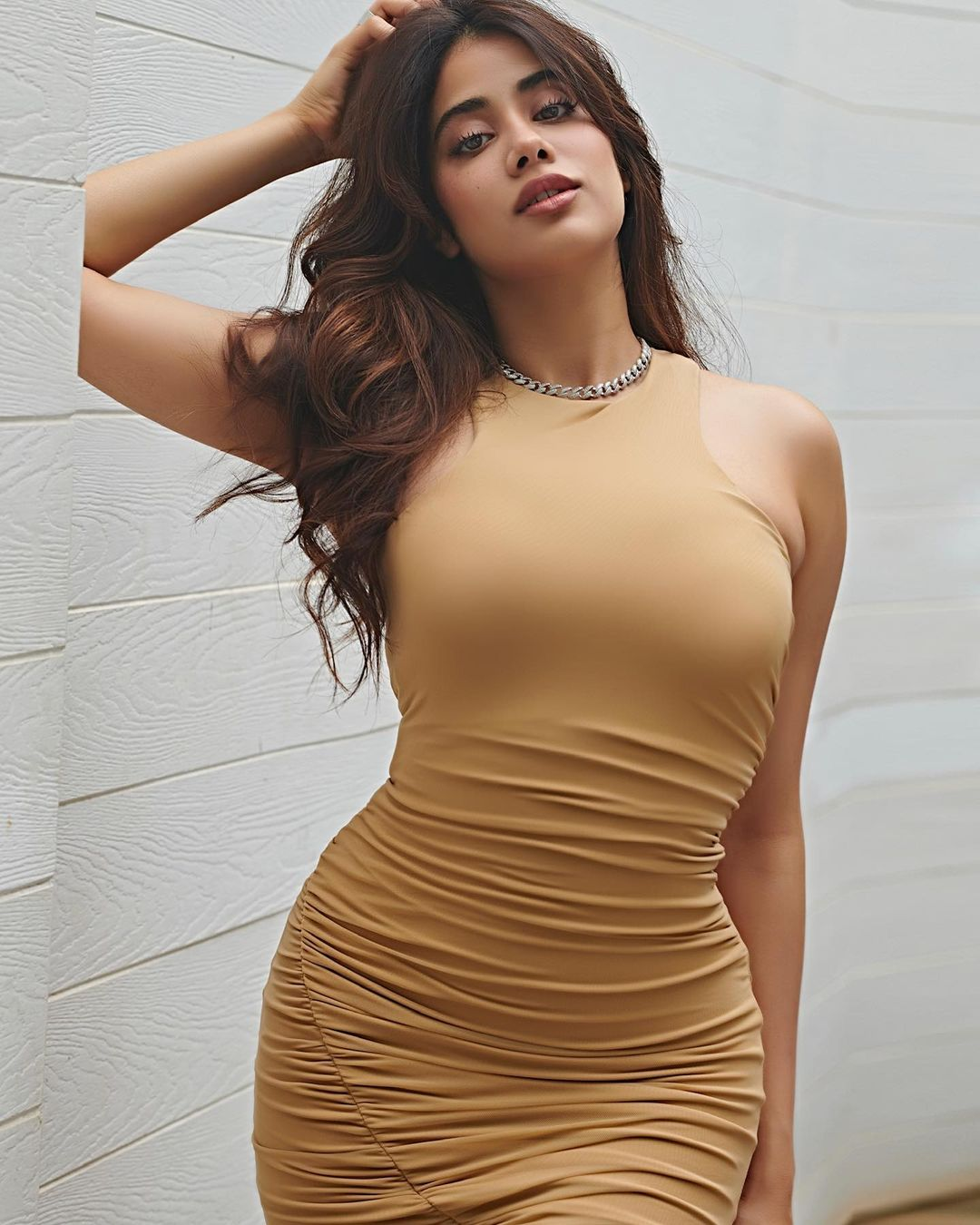 Janhvi Kapoor Hot photo shoot