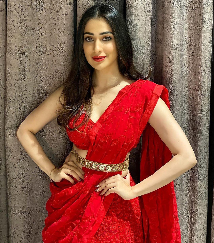 Raai Laxmi Hot Photo shoot and Navel images